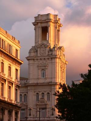 Old Havana glows in the afternoon sunlight. Photo by Lawrence
